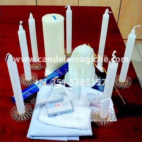 set di candele e altri accessori per il rito del gran faraone