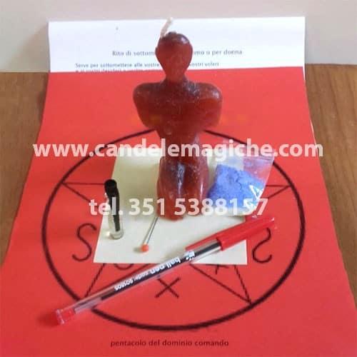candela a forma di uomo per rito di sottomissione