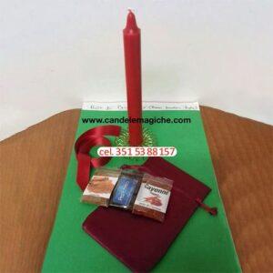 candela rossa e accessori per effettuare un rituale di passionalità