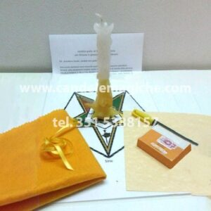 candela di sirio gialla e bianca per rituale di fortuna