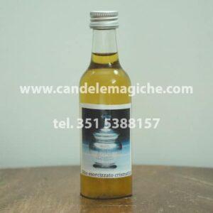 bottiglietta di olio esorcizzato