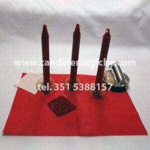 tre candele rosse per il rituale salomonico di marte