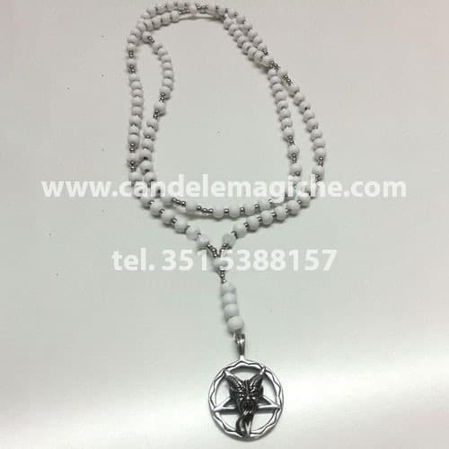 collana rosario con palline bianche e ciondolo di baphomet