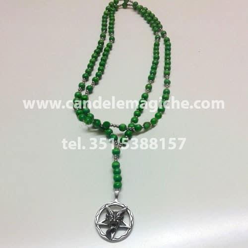 collana rosario con palline verdi e ciondolo di baphomet