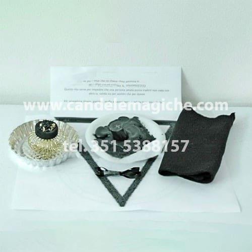 kit di accessori per svolgere il rito per impedire il tradimento