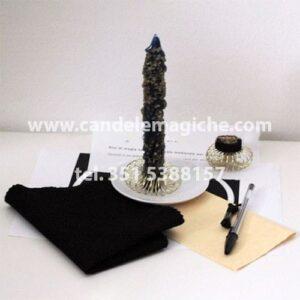 candela maledetta e occorrente per il rito di magia nera medievale