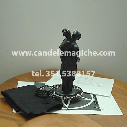 candela figurata nera per svolgere il rito di separazione