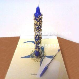 candela blu con incenso incastonato