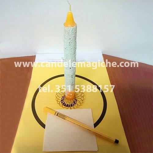 candela cilindrica gialla per rito solare