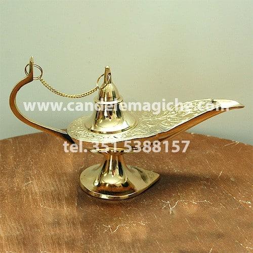 lampada di aladino di colore oro