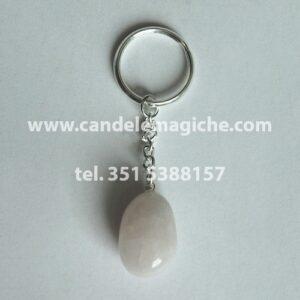 portachiavi con pietra agata burattata di colore bianco