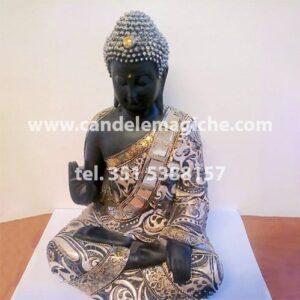 statua del buddha thailandese da utilizzare come portafortuna