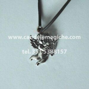 talismano portafortuna con ciondolo a forma di cupido