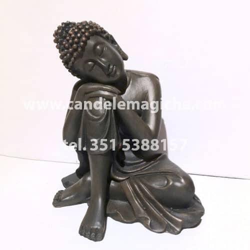 statua del buddha thailandese in resina con effetto legno