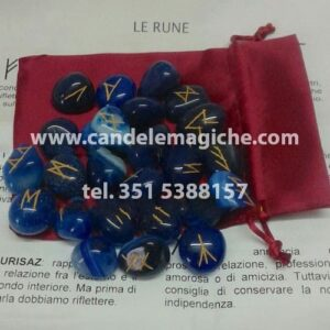rune in agata blu con incisione